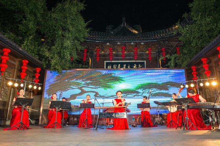 国乐音符跃动杭州大运河畔
